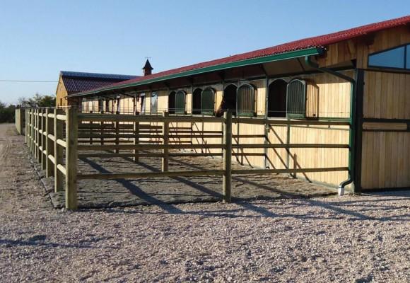 Réalisation de paddocks de détente en barrière bois